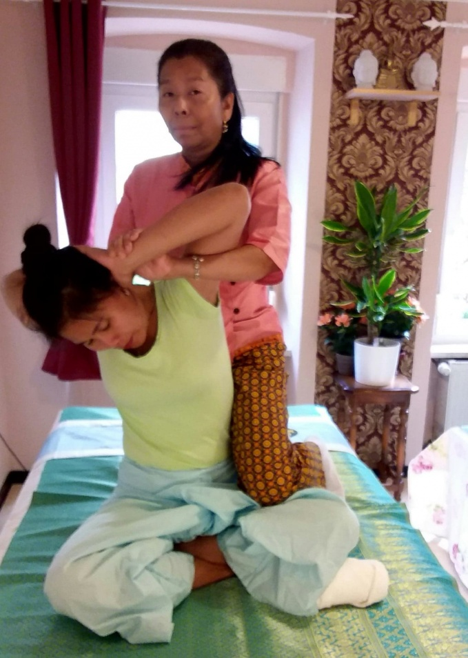 nana+nut massage